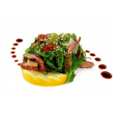 Салат из маринованных осьминогов